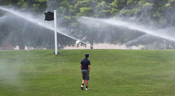 golf course maintenance delays, indoor golf facility